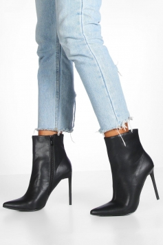 Glossy Heel Pointed Shoe Boots, Black