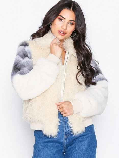 NLY Trend Fuzzy Patch Bomber Faux Fur