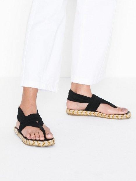 Nalho Ganika Sandal Sandaler