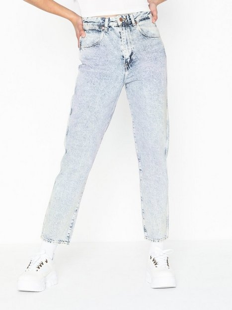 Wrangler Mom Jeans Wrainbow Wash Straight